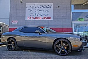 2012 Dodge Challenger SXT 6-Way Pwr Driver Seat Air Conditioning Climate Control Audio Auxilia