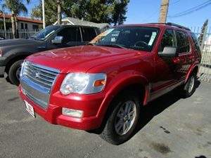 2010 Ford Explorer XLT Carfax 1-Owner - No Accidents  Damage Reported to CARFAX  Sangria Red Me