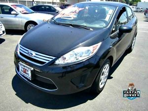 2011 Ford Fiesta SE Carfax 1-Owner - No Accidents  Damage Reported to CARFAX 6 Cupholders 3-B