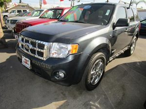 2008 Ford Escape XLT Carfax 1-Owner - No Accidents  Damage Reported to CARFAX  Tungsten Gray Me