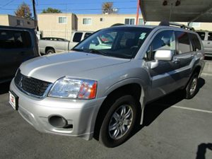 2010 Mitsubishi Endeavor LS Carfax Report - No Accidents  Damage Reported to CARFAX  Quick Sil