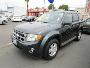 2009 Ford Escape XLT Carfax 1-Owner - No Accidents  Damage Reported to CARFAX  Black Pearl Slat