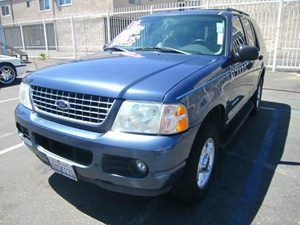 2004 Ford Explorer XLT Carfax Report - No Accidents  Damage Reported to CARFAX  Dark Blue Pearl