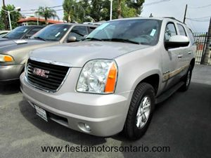 2007 GMC Yukon SLT Carfax Report - No Accidents  Damage Reported to CARFAX Air Conditioning  Mu