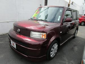 2005 Scion xB  Carfax Report - No Accidents  Damage Reported to CARFAX 6040 Split Folding Rear