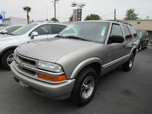 2004 Chevrolet Blazer LS Carfax 1-Owner - No Accidents  Damage Reported to CARFAX Air Conditioni