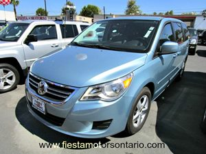 2009 Volkswagen Routan SE Carfax 1-Owner - No Accidents  Damage Reported to CARFAX 17 Alloy Wh