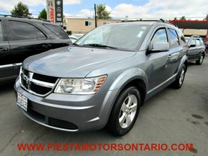 2009 Dodge Journey SXT Carfax Report - No Accidents  Damage Reported to CARFAX 2Nd Row In-Floor