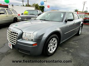 2007 Chrysler 300  Carfax Report - No Accidents  Damage Reported to CARFAX 300 Badging Alloy Wh
