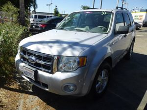 2008 Ford Escape XLT Carfax Report - No Accidents  Damage Reported to CARFAX  Silver Metallic