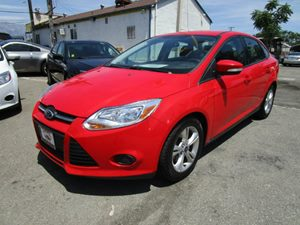 2013 Ford Focus SE Carfax 1-Owner - No Accidents  Damage Reported to CARFAX  Race Red CARFAX