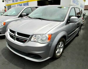 2013 Dodge Grand Caravan SXT Carfax 1-Owner 12V Dc Front  Rear Pwr Outlets Convenience  Adjust