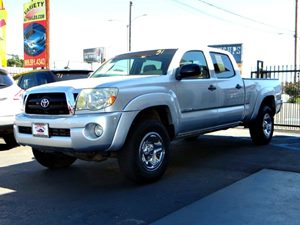 2005 Toyota Tacoma PreRunner Carfax Report - No Accidents  Damage Reported to CARFAX 6040 Split