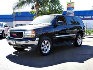 2004 GMC Yukon SLT Carfax 1-Owner  Onyx Black  It is the Customers responsibility to verify th