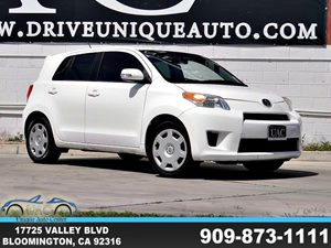 View 2010 Scion xD