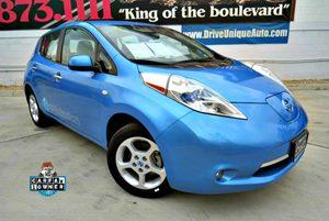 View 2011 Nissan LEAF