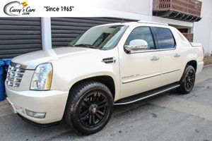 View 2013 Cadillac Escalade EXT