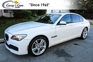 View 2012 BMW 750i