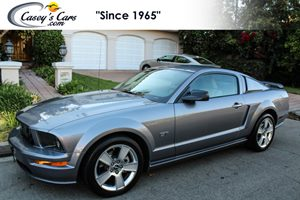 View 2006 Ford Mustang