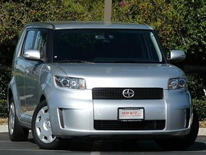 View 2008 Scion xB
