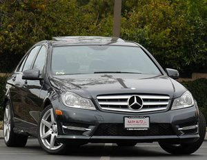 View 2013 Mercedes-Benz C250