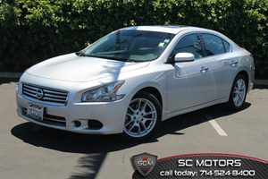 2014 Nissan Maxima 35 S Carfax 1-Owner  Brilliant Silver Metallic  All advertised prices excl