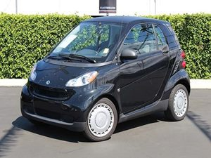 2012 Smart fortwo Pure Carfax 1-Owner - No Accidents  Damage Reported to CARFAX Convenience  Le