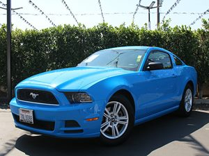 2014 Ford Mustang V6 Carfax 1-Owner - No Accidents  Damage Reported to CARFAX  Grabber Blue C