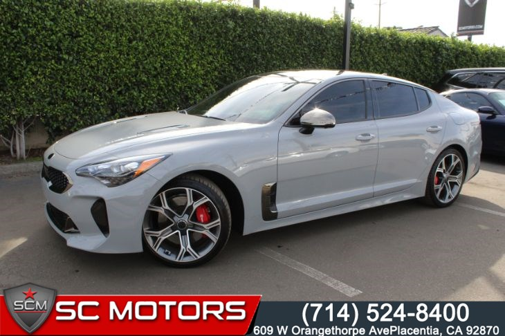 2019 Kia Stinger GT2 ( HEADS UP DISPLAY & BACK UP CAMERA)