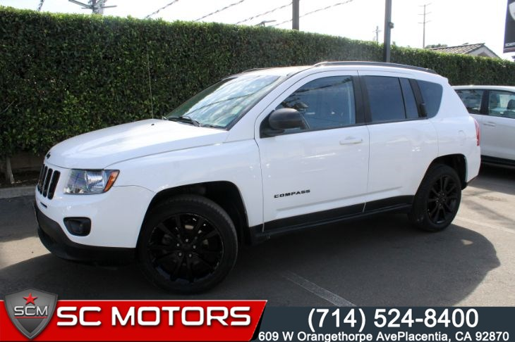 2015 Jeep Compass Altitude Edition (LEATHER SEATS & BLUETOOTH AUDIO)