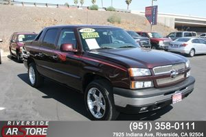 View 2004 Chevrolet Avalanche