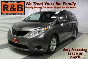 View 2014 Toyota Sienna 3rd Row Seating