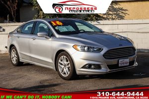 View 2016 Ford Fusion