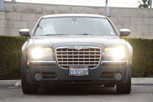 2005 Chrysler 300 300C Carfax Report - No AccidentsDamage Reported Chrome Headlamp Bezels Conve