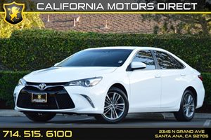2015 Toyota Camry SE Carfax 1-Owner Audio  Auxiliary Audio Input Body-Colored Rear Bumper Conv