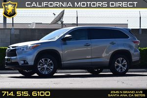 2015 Toyota Highlander LE Carfax 1-Owner - No AccidentsDamage Reported Audio  Auxiliary Audio I