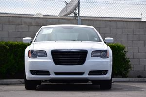 2014 Chrysler 300 300S Carfax 1-Owner Audio  Auxiliary Audio Input Body-Colored Front Bumper W