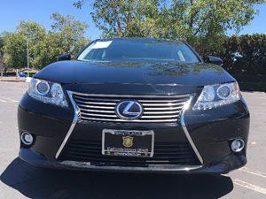 2015 Lexus ES 300h Hybrid Carfax 1-Owner - No AccidentsDamage Reported  Black  We are not res