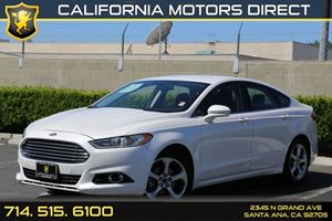 2013 Ford Fusion SE Carfax 1-Owner  Oxford White  We are not responsible for typographical err