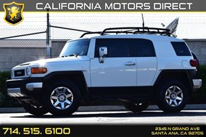 2014 Toyota FJ Cruiser  Carfax 1-Owner 1 12V Dc Power Outlet Air Conditioning  AC Audio  Am