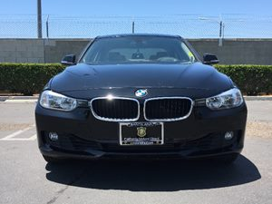 2013 BMW 3 Series 328i Carfax 1-Owner Air Conditioning  AC Air Conditioning  Multi-Zone AC