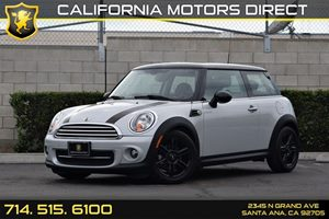 2013 MINI Cooper Hardtop  Carfax 1-Owner - No AccidentsDamage Reported  Pepper White  17697
