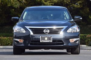 2014 Nissan Altima 25 S Carfax 1-Owner - No AccidentsDamage Reported  Gray  We are not respo