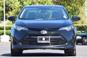 2017 Toyota Corolla LE Carfax 1-Owner - No AccidentsDamage Reported Clearcoat Paint Displacemen