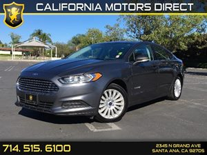 2016 Ford Fusion SE Hybrid Carfax 1-Owner  Gray  We are not responsible for typographical erro