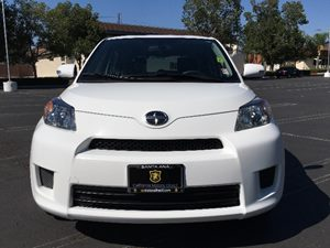 2014 Scion xD  Carfax 1-Owner - No AccidentsDamage Reported  Super White  We are not responsi