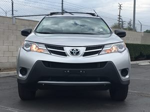 2014 Toyota RAV4 LE Carfax 1-Owner  Classic Silver Metallic  We are not responsible for typogr