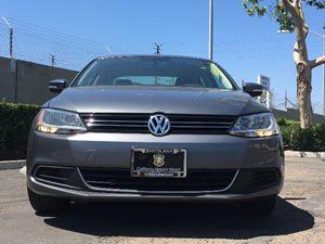 2013 Volkswagen Jetta Sedan SE PZEV Carfax 1-Owner  Platinum Gray Metallic  We are not respons