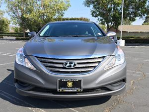 2014 Hyundai Sonata GLS Carfax 1-Owner  Harbor Gray Metallic  We are not responsible for typog