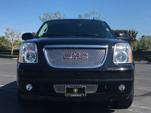 2014 GMC Yukon XL Denali Carfax Report - No AccidentsDamage Reported  Onyx Black  We are not